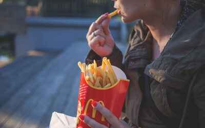 Mindless Eating – What Causes it?